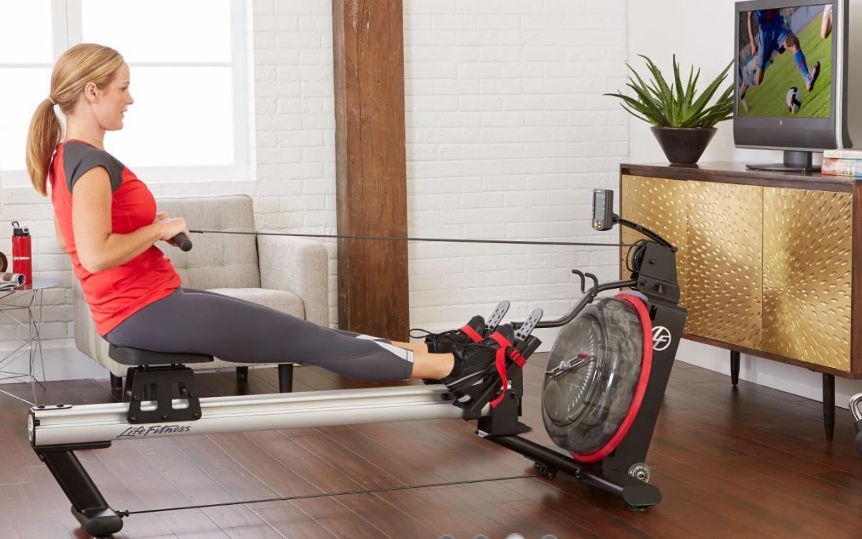 Wohnung-Dame-Rower-GX-Life-Fitness